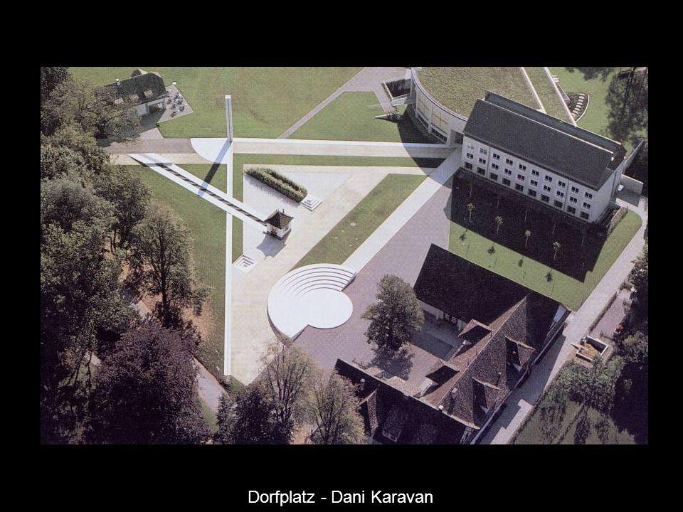 Dorfplatz - Dani Karavan