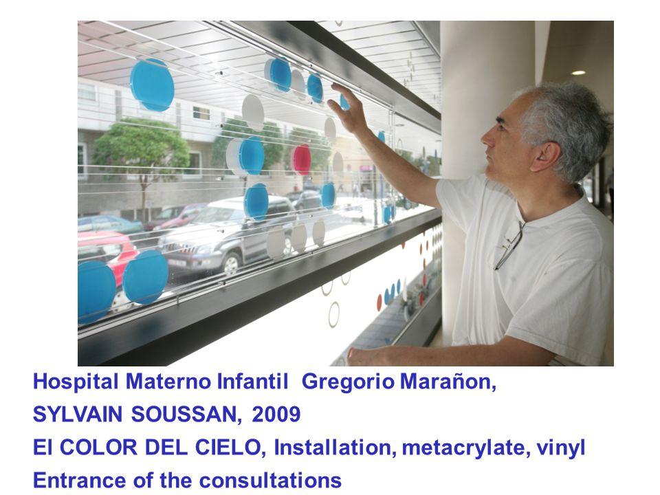 Hospital Materno Infantil Gregorio Marañon, SYLVAIN SOUSSAN, 2009 El COLOR DEL CIELO, Installation, metacrylate, vinyl Entrance of the consultations