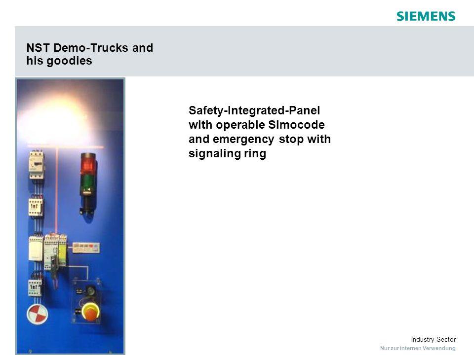 Nur zur internen Verwendung Industry Sector NST Demo-Trucks and his goodies Safety-Integrated-Panel with operable Simocode and emergency stop with sig
