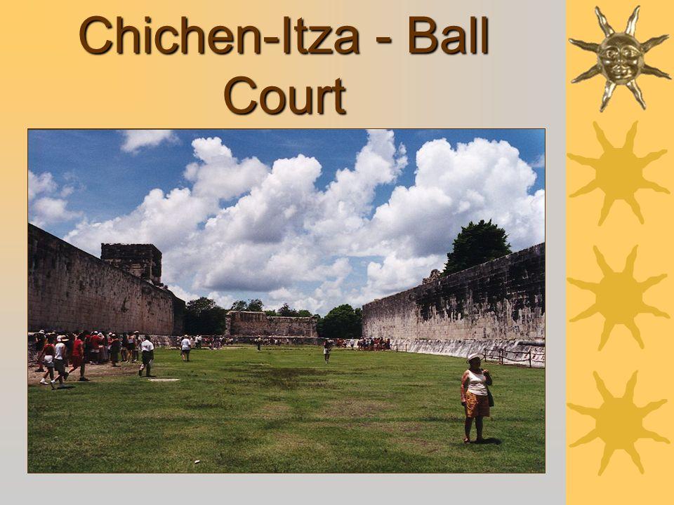 Chichen-Itza - Ball Court