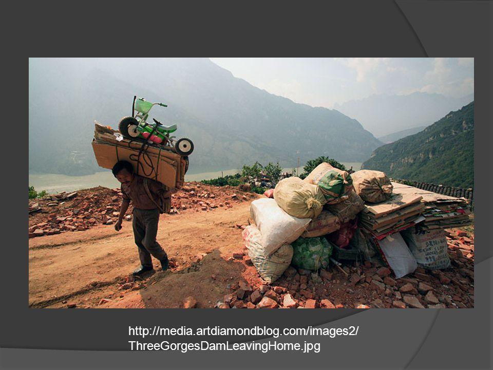http://media.artdiamondblog.com/images2/ ThreeGorgesDamLeavingHome.jpg