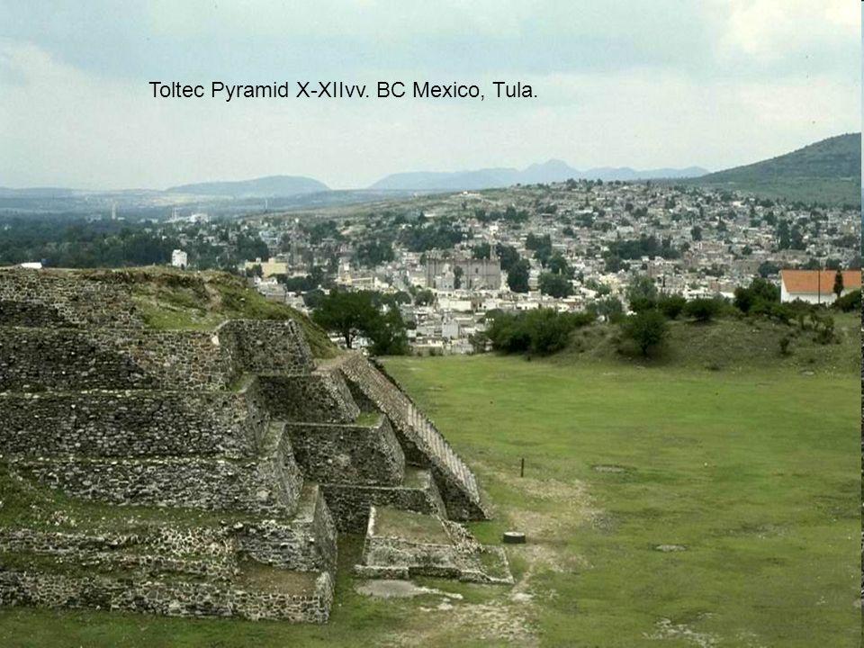 Toltec Pyramid X-XIIvv. BC Mexico, Tula.