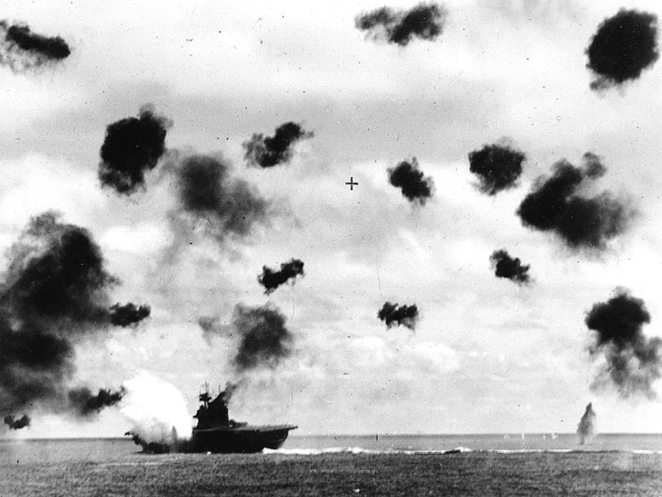 Battle of Midway: Losses American 307 lives 1 carrier 1 destroyer 147 planes Japanese 3500 lives (including many irreplaceable first line pilots) 4 ca
