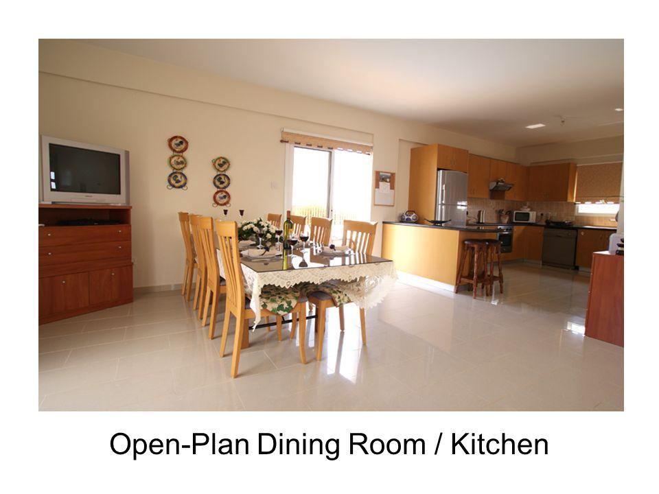 Open-Plan Dining Room / Kitchen