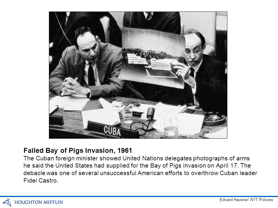 The Cuban foreign minister showed United Nations delegates photographs of arms he said the United States had supplied for the Bay of Pigs invasion on