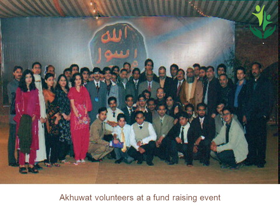 34 Akhuwat volunteers at a fund raising event