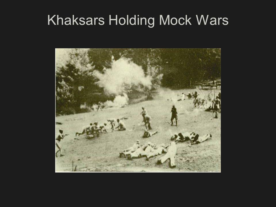 Khaksars Holding Mock Wars
