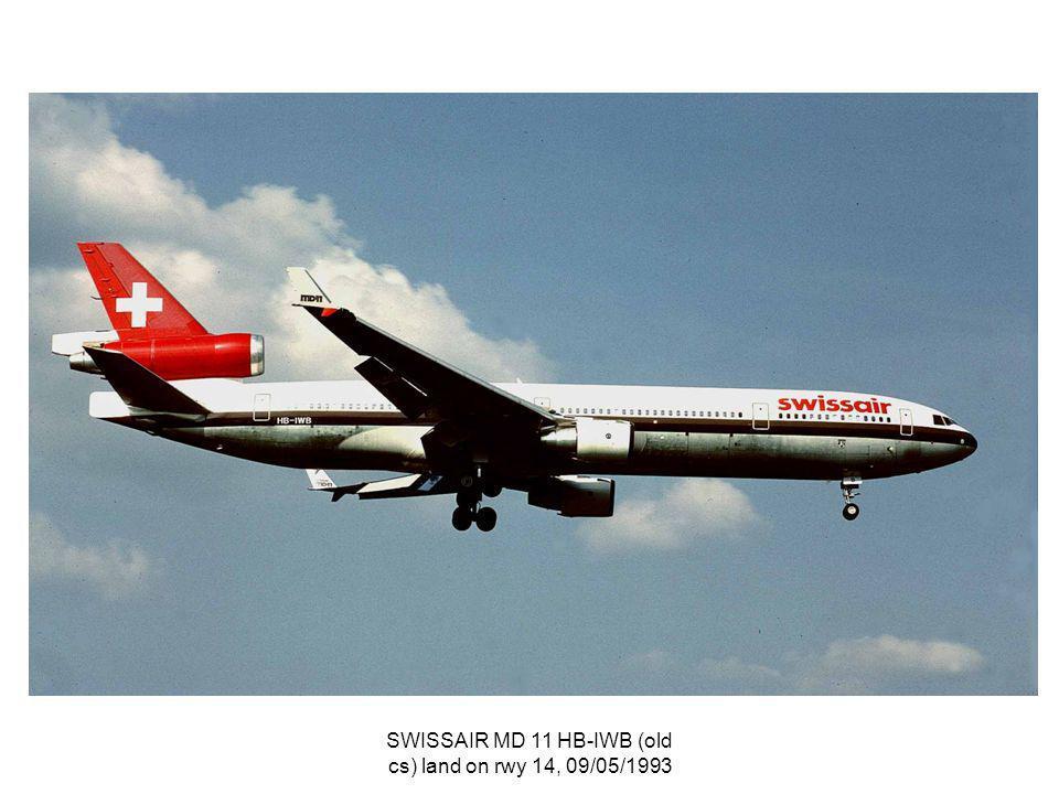 SWISSAIR MD 11 HB-IWB (old cs) land on rwy 14, 09/05/1993