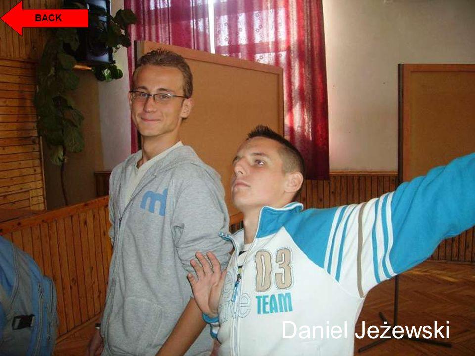 Daniel Jeżewski BACK
