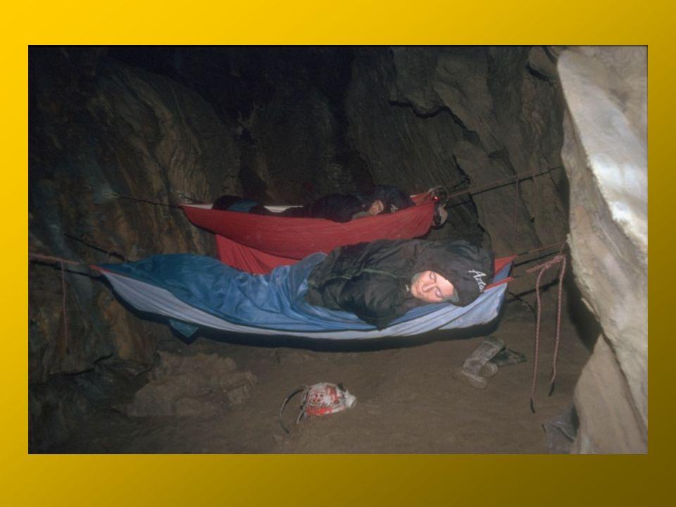 Bivouac in Z Miśkiem Room (-450 m)