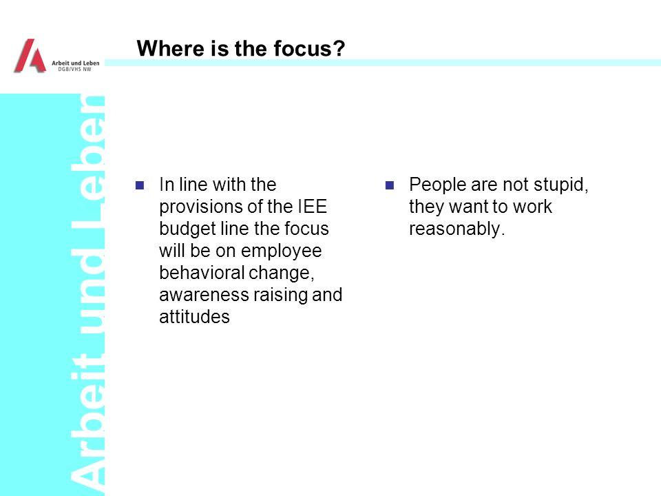 Arbeit und Leben Where is the focus.