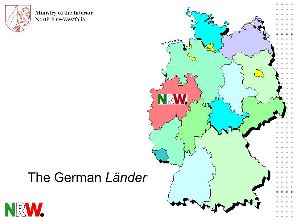 Ministry of the Interior Northrhine-Westfalia North-Rhine Westfalia - basic information - 18 Mio inhabitants 34.000 sq.km area 530 inhabitants / sq.km 9 Mio parcels 7 Mio buildings 10 % updates / year