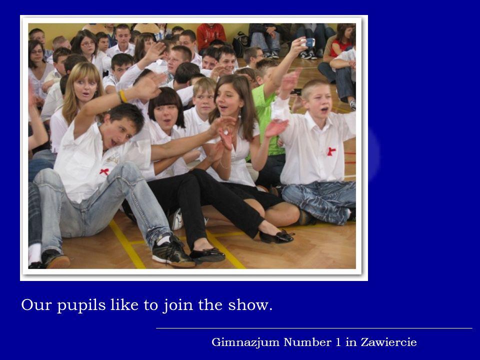 Gimnazjum Number 1 in Zawiercie Soloist and the girls choir.