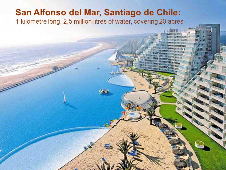 Sur la côte Pacifique, à 130 kilomètres de Santiago du Chili, se dresse San Alfonso del Mar.