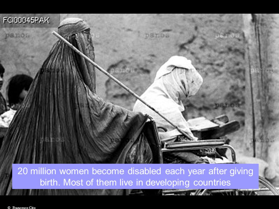 The number of women with disabilties is estimated at 300 million worldwide © G.M. B. Akash