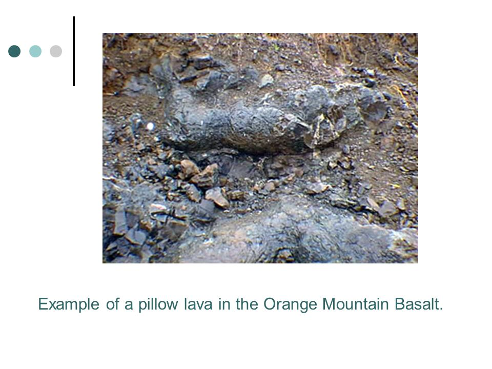 Example of a pillow lava in the Orange Mountain Basalt.