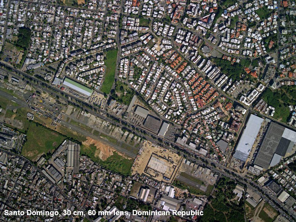 Santo Domingo, 30 cm, 60 mm lens, Dominican Republic