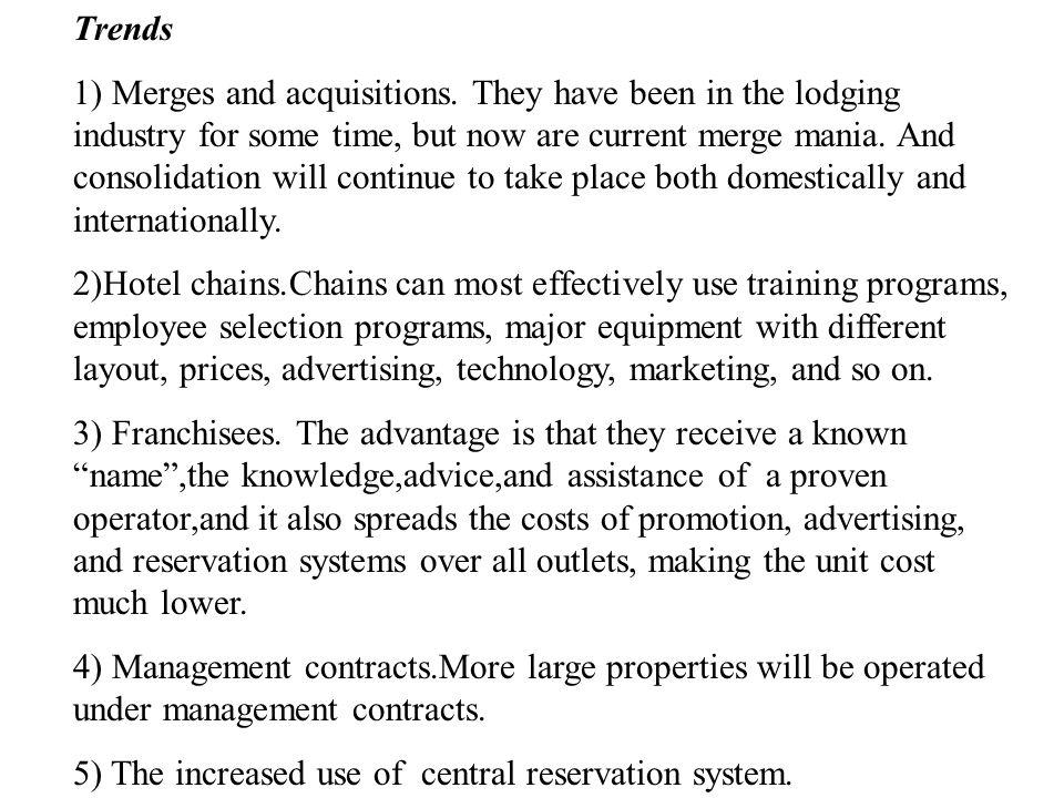 Top 20 Hotel Chains (2000) RankCorporate ChainRoomsHotels 1Cendant Corporation541,3136,455 2Bass Hotels & Resorts490,5313,096 3Marriott International3