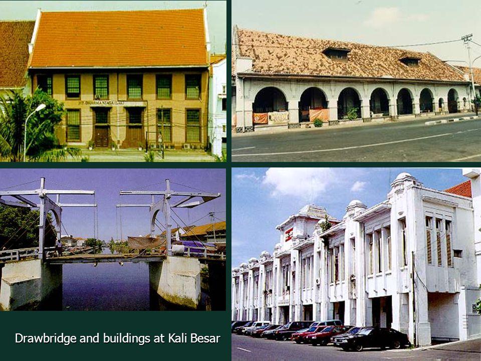 Drawbridge and buildings at Kali Besar