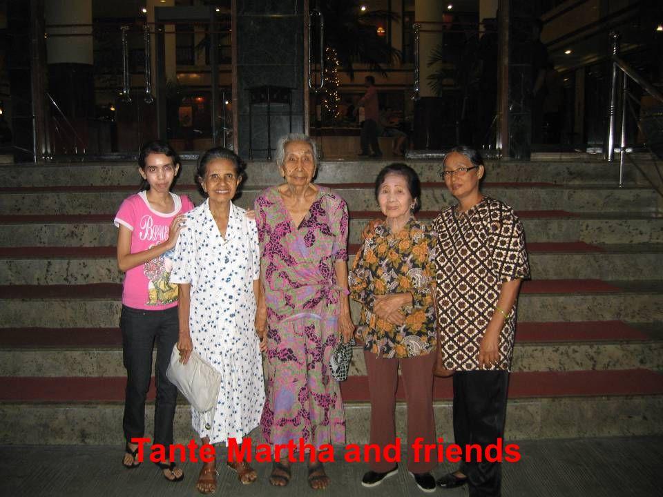 Staff from hotel TamuKami in Sanur