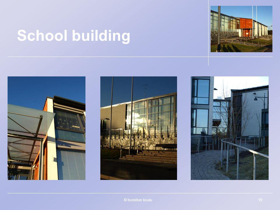 © Isoniitun koulu19 School building