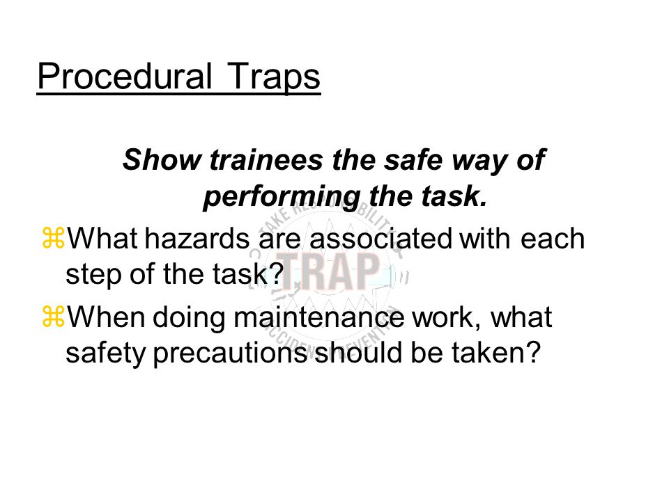 What qualifications must the trainer have.