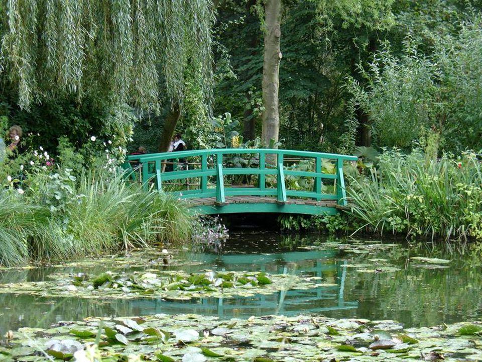 5 Claude Monet Gardens in Giverny