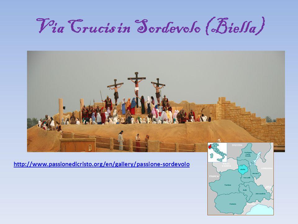 Via Crucis in Sordevolo (Biella) http://www.passionedicristo.org/en/gallery/passione-sordevolo