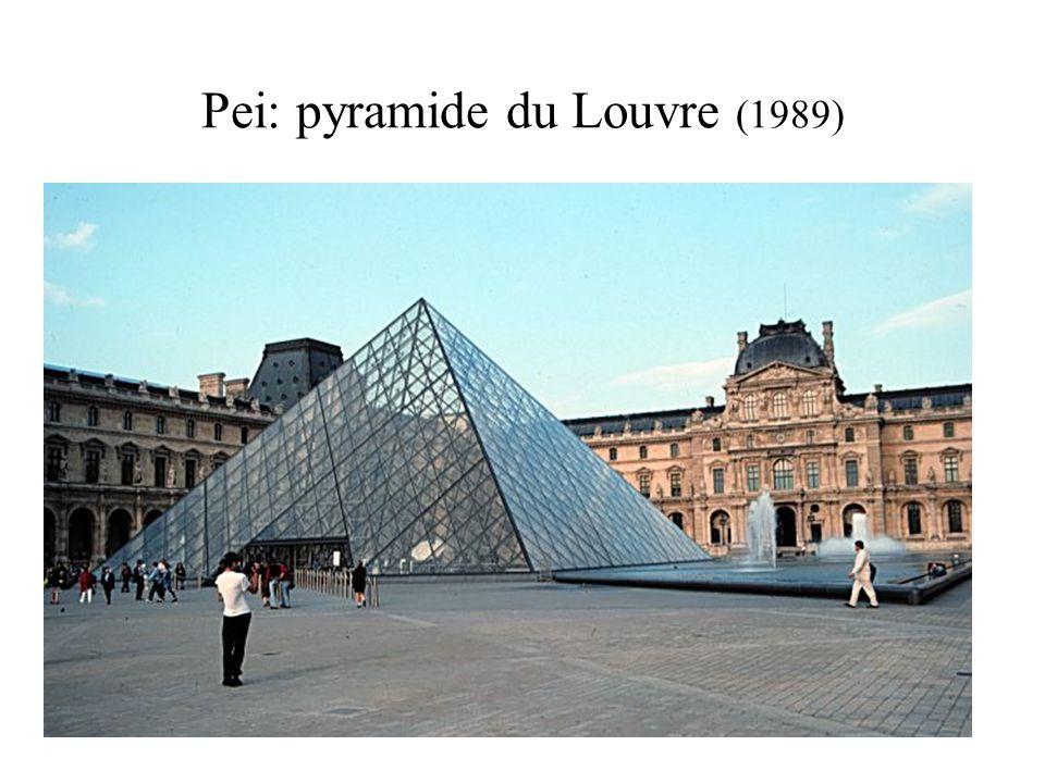 Pei: pyramide du Louvre (1989)