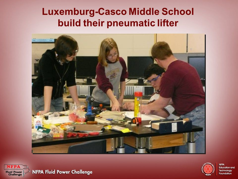 Luxemburg-Casco Middle School build their pneumatic lifter