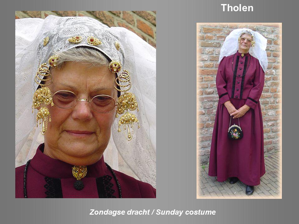 Zondagse dracht / Sunday costume Schouwen