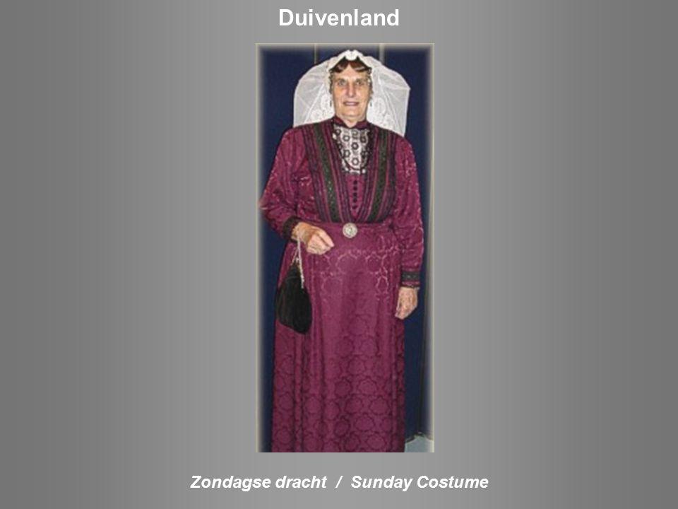 Zondagse dracht / Sunday Costume Arnemuiden