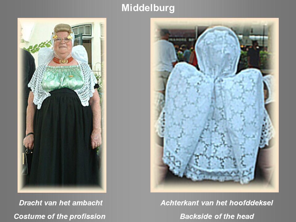 Zondagse dracht / Sunday Costume Hulst