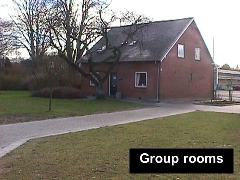 Kantine Bygning A Festsal Bygning B Festsal Bygning B DramaHF-bygning Idrætshal Kamelen Træhytten GrupperumGroup rooms