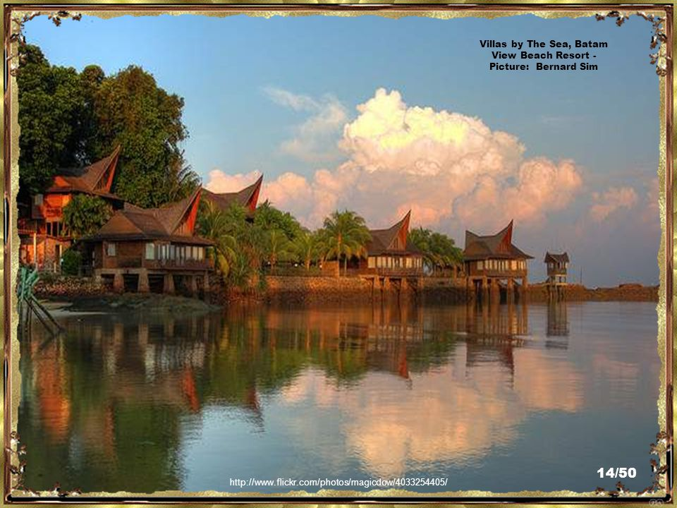 http://www.flickr.com/photos/magicdow/4034087048/ Villas by The Sea, Batam View Beach Resort - Picture: Bernard Sim 13/50
