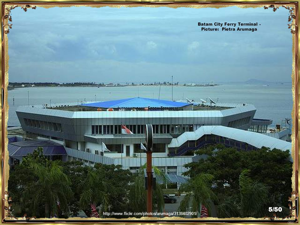 http://www.traveljournals.net/pictures/64872.html Batam City Ferry Terminal - Picture: traveljournals.net 4/50
