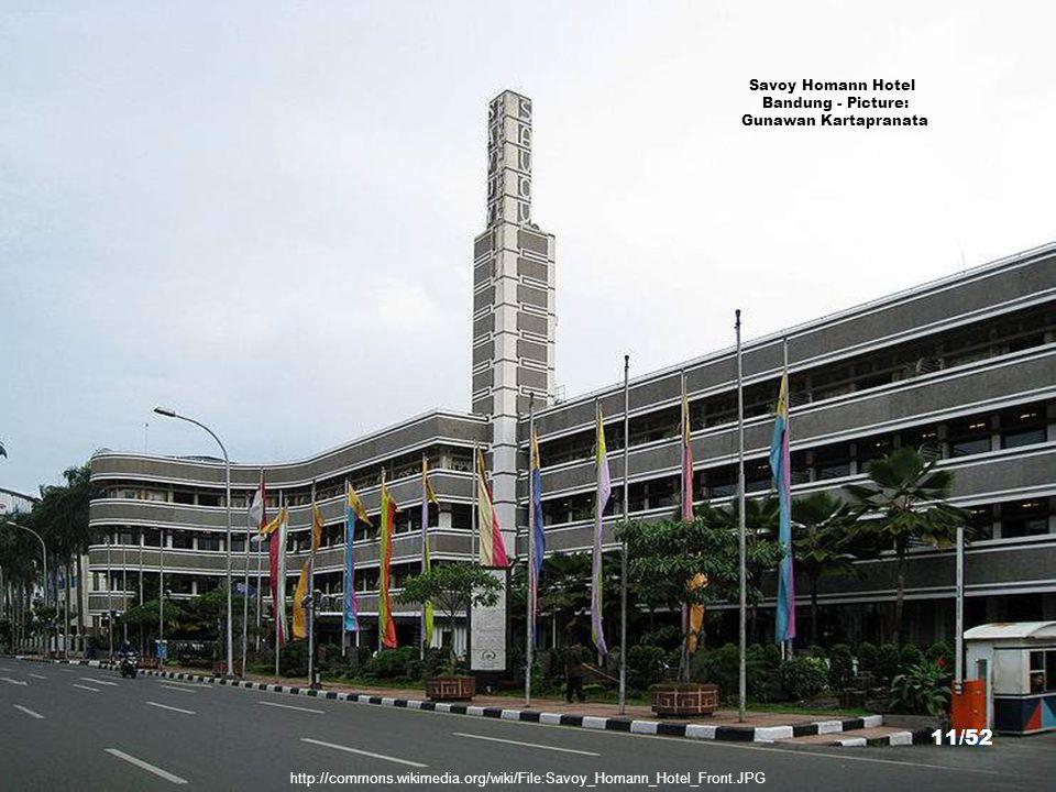 http://commons.wikimedia.org/wiki/File:Balai_Kota_Bandung.JPG City Hall, Bandung - Picture: Prayudi Setiadharma 10/52