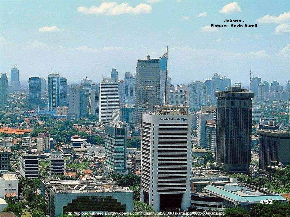http://upload.wikimedia.org/wikipedia/commons/thumb/d/de/WsaragihJakarta.jpg/800px-WsaragihJakarta.jpg Jakarta - Picture: Winry Armawan 3/52