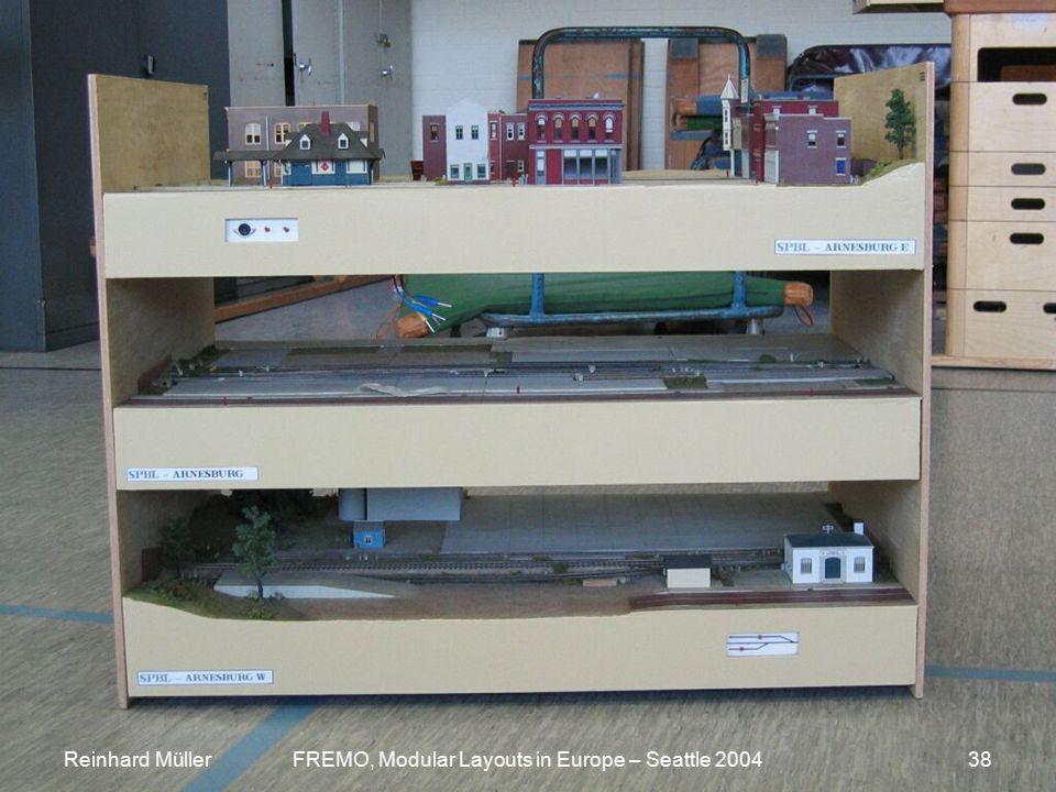 Reinhard MüllerFREMO, Modular Layouts in Europe – Seattle 200438 TrippleDeck_0099.jpg Reinhard MüllerFREMO, Modular Layouts in Europe – Seattle 200438