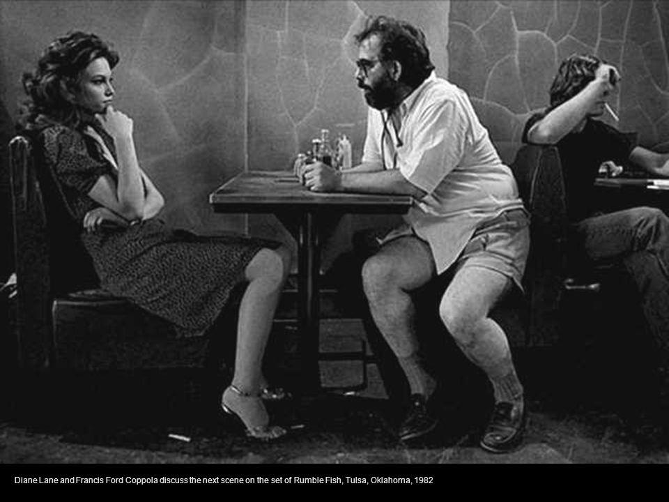 Dustin Hoffman sneaking up on Sir Laurence Olivier. Marathon Man,Manhattan, New York, 1975
