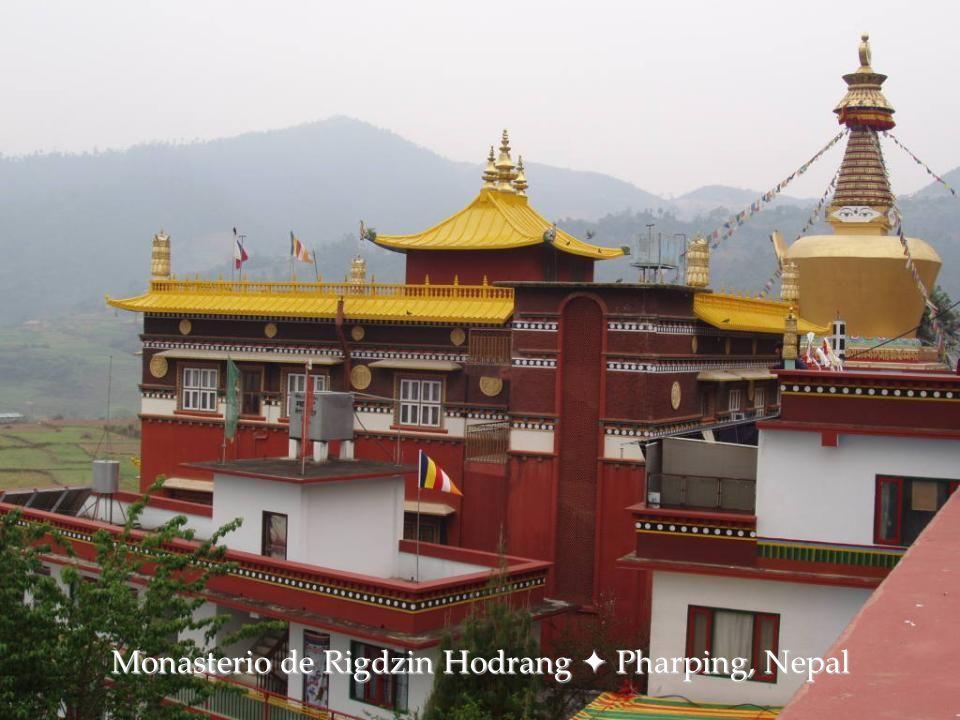 Monasterio de Ganden  Tibet