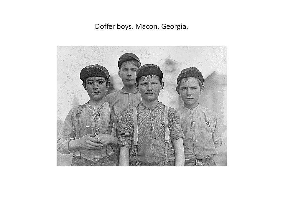 Doffer boys. Macon, Georgia.
