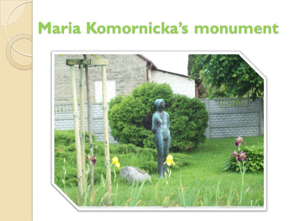 Maria Komornicka's monument