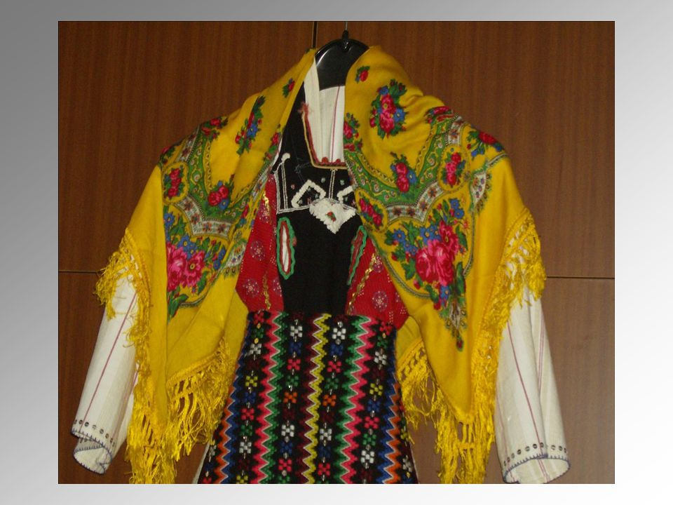 Traditional female costumes Nowadays, you can see costumes like these ones in museums or in some public feasts, where women, who dance traditional dances, wear them.