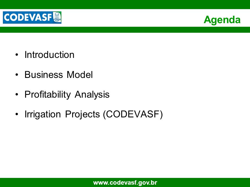 54 www.codevasf.gov.br IRRIGATION COST Irrigation – Driping Investments Unities R$US$ InvestmentR$/ha 5,000.0 2,702.7 Drains 1,000.0 540.5 Aditional Investment Pipes Renewal 15 years50,0% 2,500.0 1,351.4 Water1 ha # days 150,00 Daily irrigation time (h) 12 Water price K1R$ / ha / month R$ 8,00 96.0 51.9 K2aR$/ ha / month R$ 26,00 312.0 168.6 K2bR$ / m3 R$ 0,050 Evaporationmm / day8,00 Evaporationmm / year1.200 Rainmm / Year350 Evaporation balancemm / year850 Yearly water needm3 / year 8.500 Water supply capacity yearly - 80m3/dia/hám3 / year12,000 Efficiency of 95% 11,400 425,0229,729,729.7 Total Water expenses 833.0 450.3 Operational enery costs1 ha 0.5 CV Kwa/h 0,37 Energy consumptionKwa/year 661,50 Energy cost R$/kwa R$ 0,106 Electricity cost R$/ha/year 70.4 38.1 Total Energy Cost 70.4 38.1 Equipment Maintainance 5,0% 250.0 135.1 Source: Netafim Tarifa Energia R$1,153.4 US$ 62 3.5 Irrigation Cost Assumptions