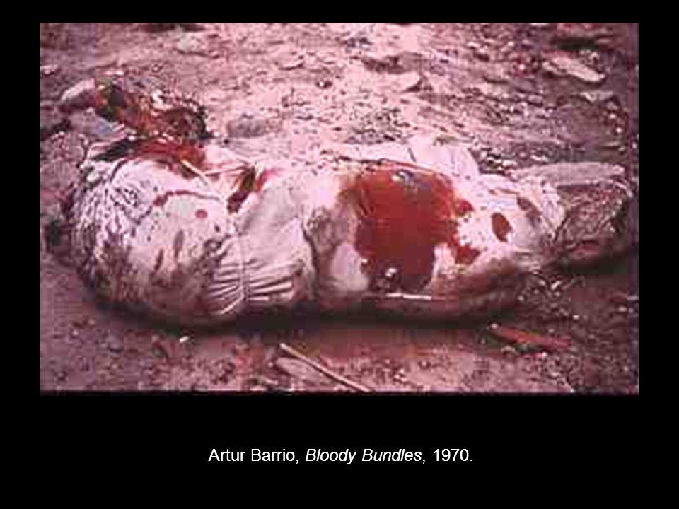 Artur Barrio, Bloody Bundles, 1970.