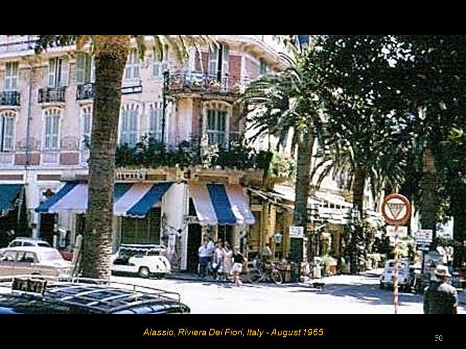 Alassio, Riviera Dei Fiori, Italy - August 1965 Hett 49