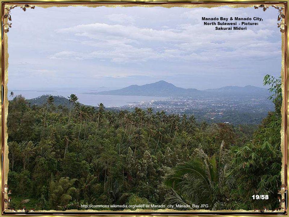 http://commons.wikimedia.org/wiki/File:Ban_Hin_Kiong.JPG Ban Hin Kiong Chinese Temple, Manado, North Sulawesi - Picture: Sakurai Midori 18/58