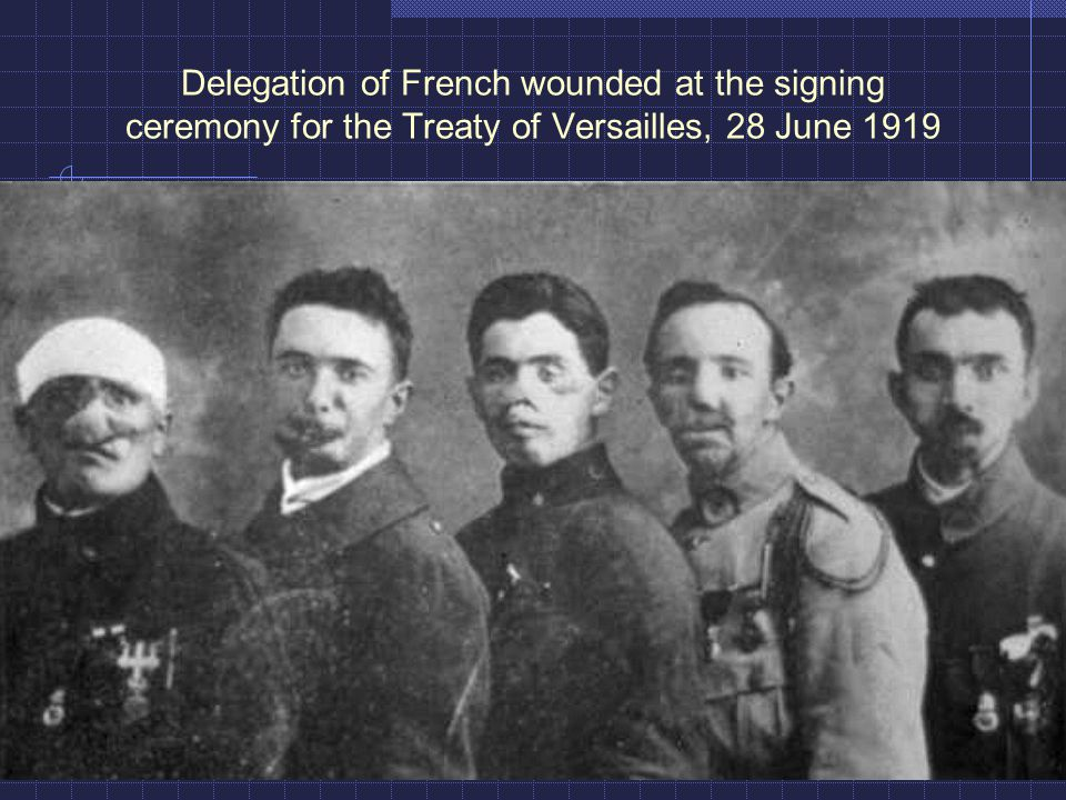 Delegation of French wounded at the signing ceremony for the Treaty of Versailles, 28 June 1919