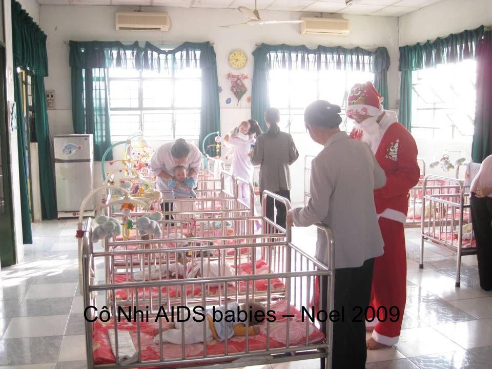 Cô Nhi AIDS babies – Noel 2009